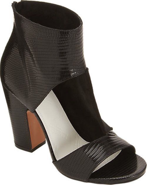 Cutout Sandal Bootie by Maison Martin Margiela in Elementary - Season 4 Episode 15