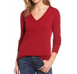 V-Neck Cashmere Sweater by Halogen in Pitch Perfect 3