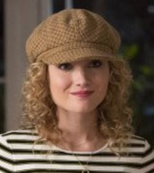 Cabbie Hat by Goorin Bros. in Scream Queens - Season 1 Episode 8