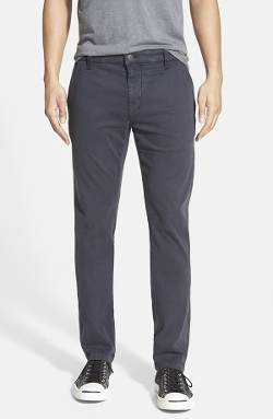 'Johnny' Twill Chino Pants by Mavi Jeans in Thor