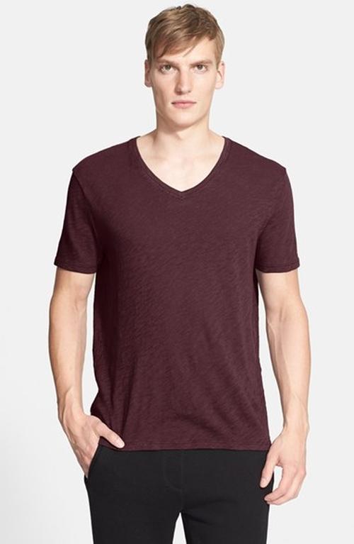 Slub V-Neck T-Shirt by ATM Anthony Thomas Melillo in Modern Family - Season 7 Episode 3
