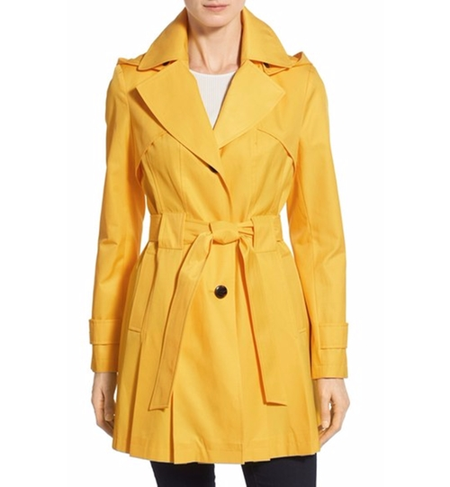 'Scarpa' Hooded Single Breasted Trench Coat by Via Spiga in Chelsea - Season 1 Episode 3
