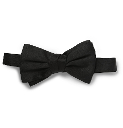 Silk Bow Tie by Gucci in Spy