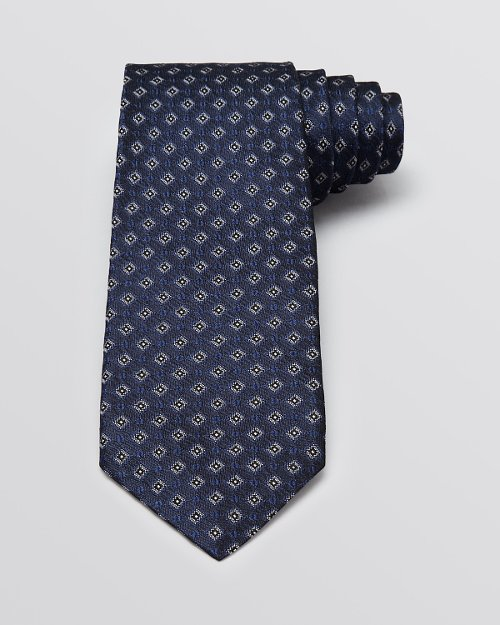 Diamond Medallion Classic Tie by John Varvatos in Crazy, Stupid, Love.
