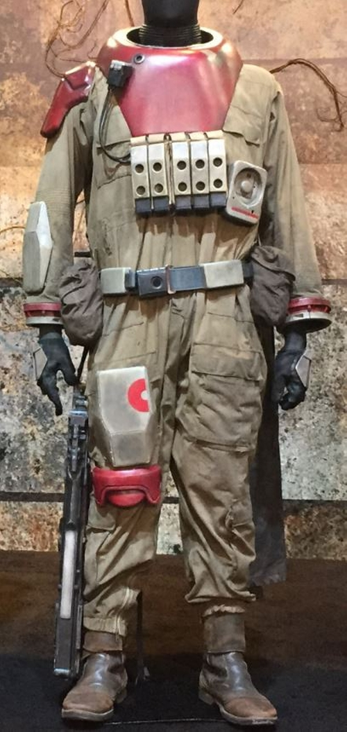 Custom Made Coverall by David Crossman	and Glyn Dillon (Costume Designers) in Rogue One: A Star Wars Story