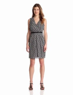 Women's Cotton Voile V-Neck Sleeveless Dress by Julian Taylor in If I Stay