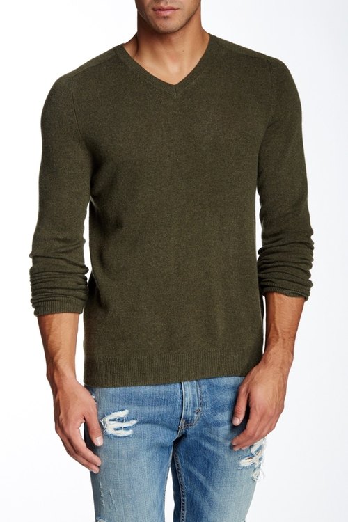 Castlerock Cashmere V-Neck Sweater by Bonobos in New Girl - Season 5 Episode 12