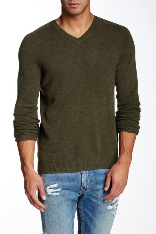 Castlerock Cashmere V-Neck Sweater by Bonobos in New Girl - Season 5 Episode 12