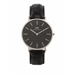 Classic Reading Watch by Daniel Wellington in Quantico