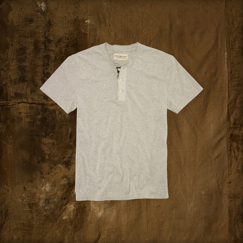 Flag-Placket Henley Shirt  by Ralph Lauren  in Pretty Little Liars - Season 6 Episode 11