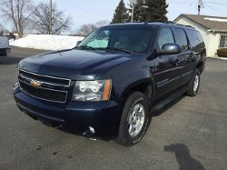 2007 Suburban SUV by Chevrolet in Get Hard