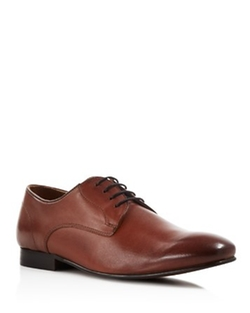 Sergio Oxford Shoes by H by Hudson in The Blacklist