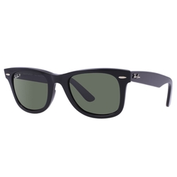 Original Wayfarer  Sunglasses by Ray Ban in The Wolf of Wall Street