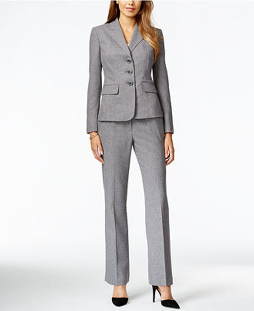 Three-Button Pantsuit by Le Suit in Brooklyn Nine-Nine - Season 3 Episode 9