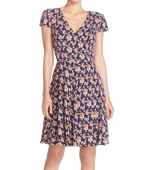 Floral Print Chiffon Fit & Flare Dress by Betsey Johnson in Jane the Virgin - Season 2 Looks