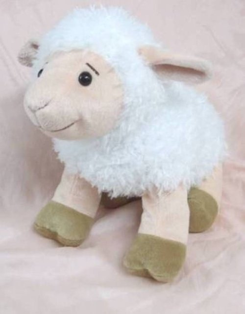 Plush Sheep Stuff Toy by Kohl's Cares in Pitch Perfect 2