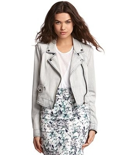 Light-Wash Denim Moto Jacket by Kiind Of in Pretty Little Liars