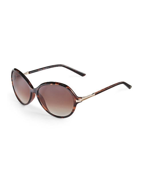 Oversized Round Sunglasses by Vince Camuto in Masterminds