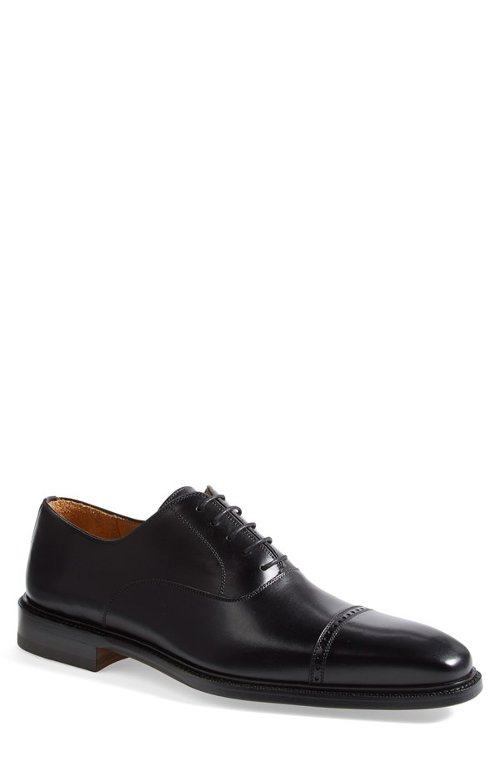 'Hiro' Cap Toe Oxford Shoes by Magnanni in The Matrix