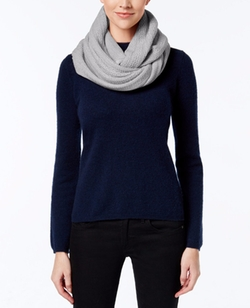 Textured Stripe Infinity Scarf by Calvin Klein in Jessica Jones