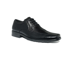 Ultra Slick Lace-Up Oxford Shoes by Kenneth Cole Reaction in The Secret Life of Walter Mitty