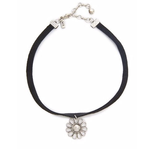 Leather Choker Daisy Necklace by Vanessa Mooney in Keeping Up With The Kardashians - Season 12 Preview