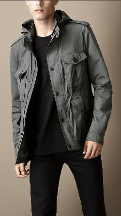 LIGHTWEIGHT FIELD JACKET by Burberry in Captain America: The Winter Soldier