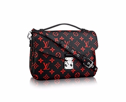Monogram Pochette Métis Bag by Louis Vuitton in Keeping Up With The Kardashians