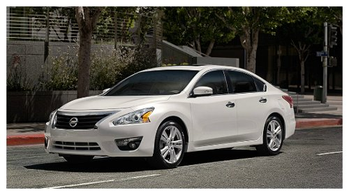 Altima Sedan by Nissan in Need for Speed