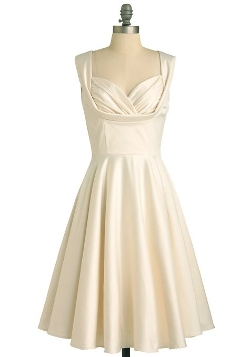 Bridesmaid Vintage Cream Retro Dress by Musical Holiday in Ricki and the Flash