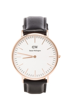 Sheffield Leather Strap Watch by Daniel Wellington in Sully