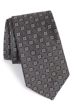 Medallion Silk Tie by John W. Nordstrom in Central Intelligence