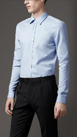 MODERN FIT COTTON SHIRT by BURBERRY in The Wolf of Wall Street