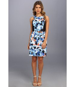 Floral Print Sheath Dress by Donna Morgan in Pitch Perfect 2