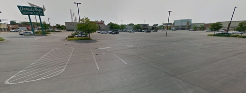 Cermak Plaza Shopping Center Berwyn, Illinois in Wanted