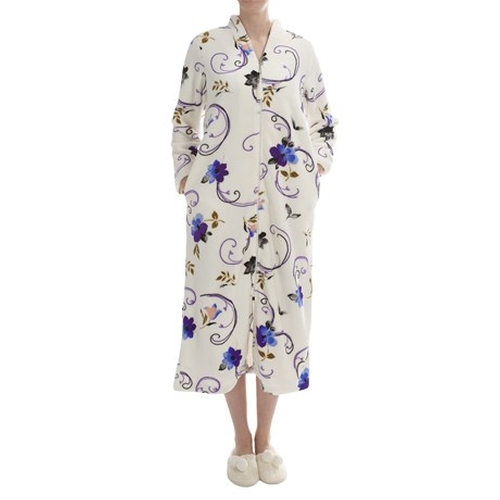 Plush Floral Print Robe by KayAnna in New Girl - Season 5 Episode 5