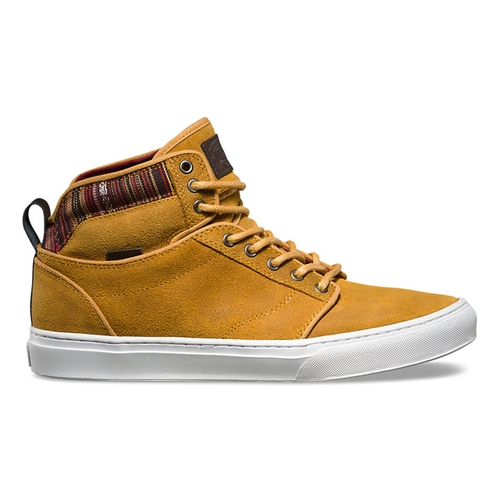 Alomar Sneakers by Vans in The Flash - Season 2 Episode 17