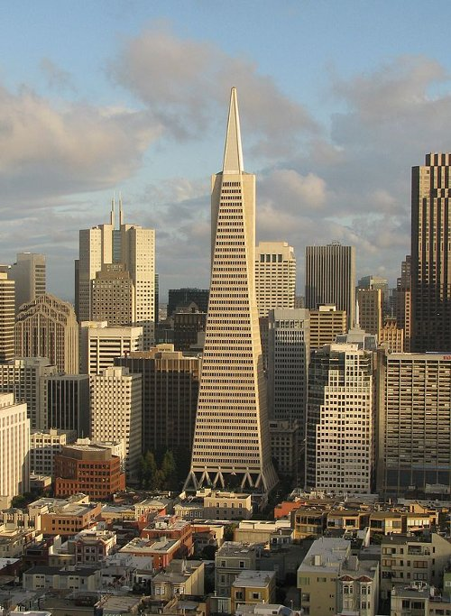 Transamerica Pyramid San Francisco, California in San Andreas