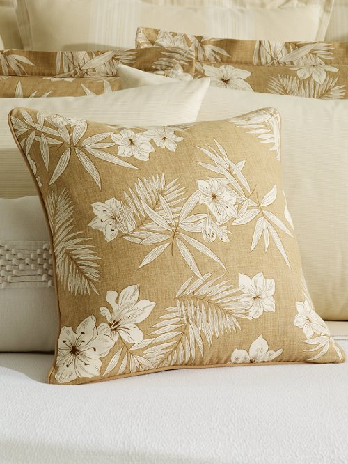 Floral Throw Pillow by Ralph Lauren in (500) Days of Summer