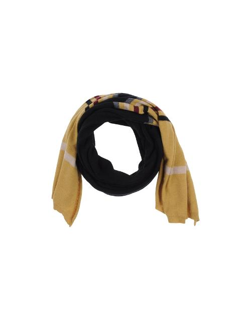 Oblong scarf by .Tessa in Get On Up