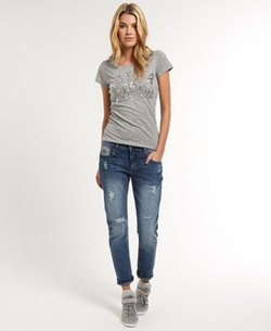 Boyfriend Jeans by Superdry in The Big Bang Theory