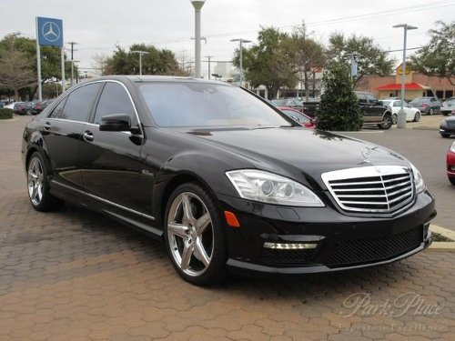 2010 S-Class S63 Sedan by Mercedes-Benz in Sex and the City 2