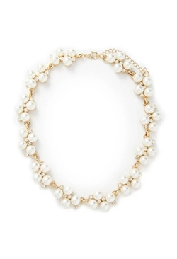 Faux Pearl Statement Necklace by Forever 21 in Keeping Up With The Kardashians