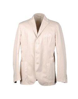 Custom Made Jacket (Mark Ruffalo) by Sandy Powell (Costume Designer) in Shutter Island