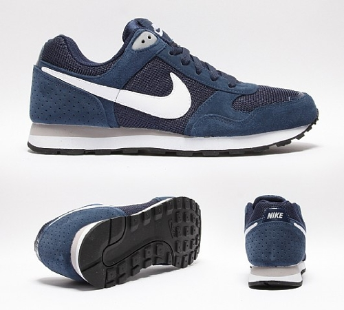 MD Runner Suede Mens Shoes by Nike in No Escape
