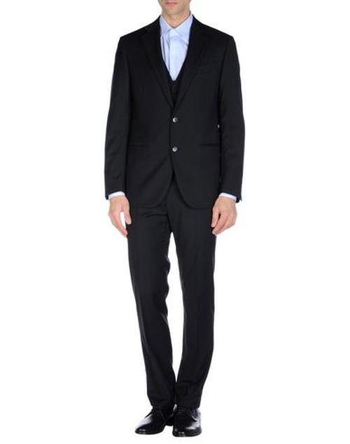 Notch Lapel 3 Pc. Suit by Lardini in Ballers - Season 1 Episode 1