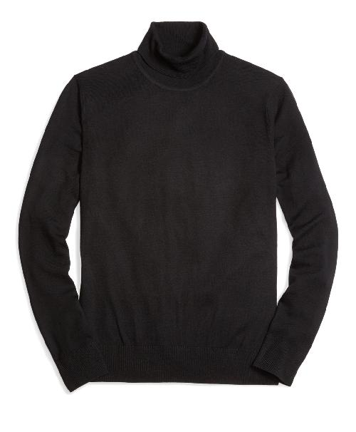 Country Club Lightweight Saxxon Wool Turtleneck Sweater by Brooks Brothers in Captain America: The Winter Soldier