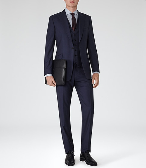 Garda Peak Lapel Three Piece Suit In Navy by Reiss in The Night Manager