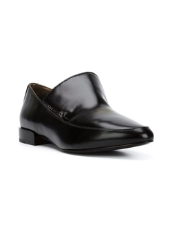 'Louie' Loafer Shoes by 3.1 Phillip Lim in The Bourne Ultimatum