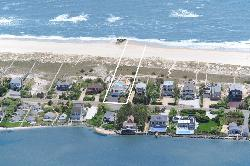 Suffolk County, New York by Westhampton Beach in The Other Woman